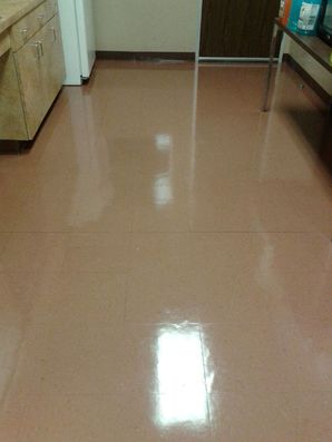 Floor Stripping & Waxing in Sugar Land, TX (1)